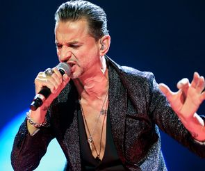 Depeche-Mode-Delta-Machine-Tour-2013-Zagreb-Arena-Croatia-FI
